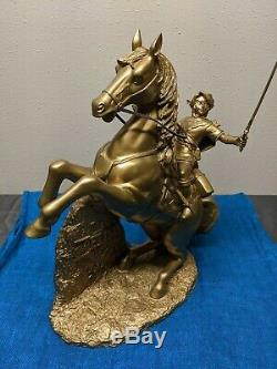 Club Nintendo Legend of Zelda Twilight Princess Link on Epona Gold Statue