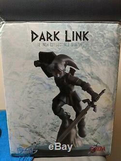 Dark Link Statue Legend of Zelda First 4 Figures F4F Game Figure Nintendo