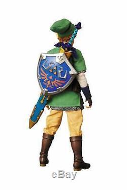 FLAWED BOX Legend of Zelda Skyward Sword Link RAH Action Figure
