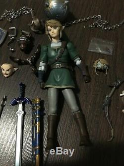 Figma 320 The Legend of Zelda Twilight Princess LINK DX VER Figure (Authentic)