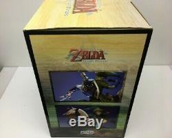 First 4 Figures LINK ON EPONA Statue The Legend of Zelda Twilight Princess NIB
