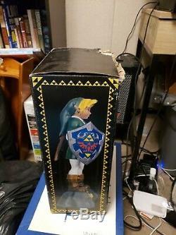 Legend of Zelda Link E3 (1997) Statue Oxmox