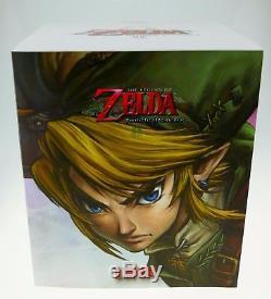 Legend of Zelda Twilight Princess Link Action Figur Statue SEALED Nintendo 26 cm