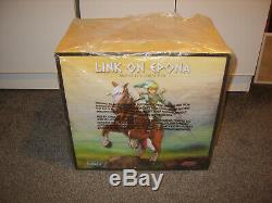 Link on Epona First 4 Figures Statue Legend of Zelda Twilight Princess