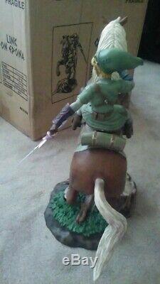 Link on Epona Twilight Princess Statue by First 4 Figures F4F Legend of Zelda