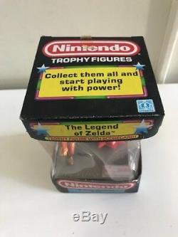 NEW 1988 Nintendo NES Trophy Figure The Legend of Zelda, A Trap Attack Link