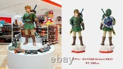 NINTENDO TOKYO Statue Link Figure The Legend of Zelda FedEx Expedited Shipping