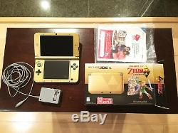 Nintendo 3DS XL Legend of Zelda A Link Between Worlds Limited Edition Triforce
