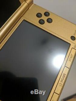 Nintendo 3DS XL Legend of Zelda A Link Between Worlds Limited Edition near mint