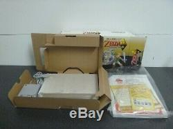 Nintendo 3DS XL Legend of Zelda Link Between Worlds Limited Edition + Case