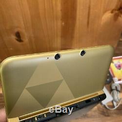 Nintendo 3DS XL The Legend of Zelda A Link Between Worlds Gold Console