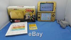 Nintendo 3DS XL The Legend of Zelda A Link Between Worlds Zelda Edition Console