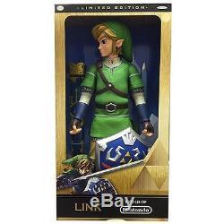SDCC 2015 Legend of Zelda LINK Figure METALLIC VARIANT Skyward Sword LE 3000 20