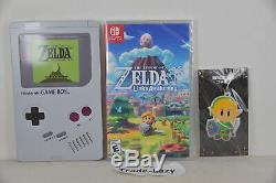 Switch Lite Legend of Zelda Link's Awakening (US) + Game Boy Steelbook + Strap