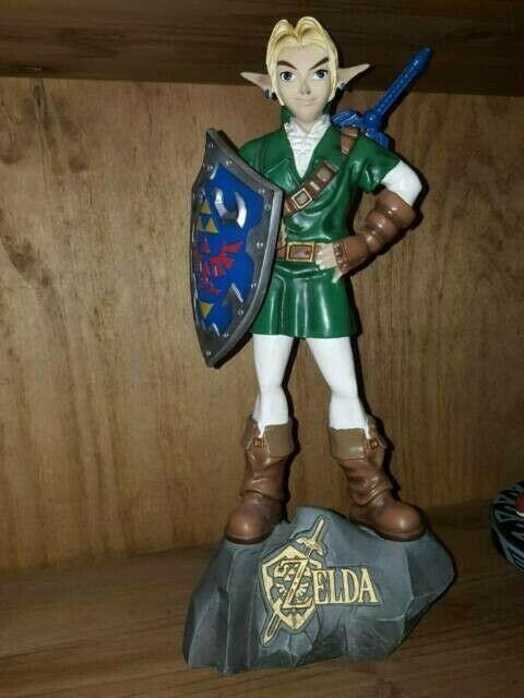 The Legend Of Zelda Link E3 Statue Limited Only 300 Worldwide First 4 Figures