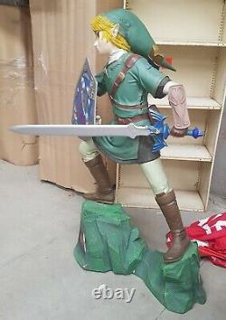 The Legend Of Zelda Link Life-size Statue Oxmox Muckle