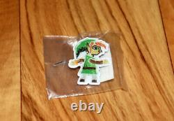 The Legend of Zelda A Link Between Worlds Promo Collectible Pin Nintendo 3DS