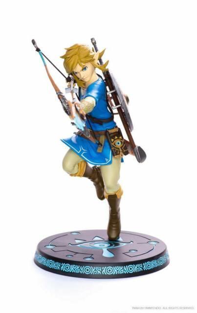 The Legend Of Zelda Breath Of The Wild Pvc Statue Link 25 Cm