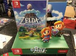 The Legend of Zelda Link's Awakening + Amazing Store Merchandise Nintendo Switch