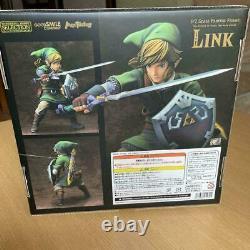 The Legend of Zelda Skyward Sword LINK PVC FIgure Good Smile Company 1/7 NEW