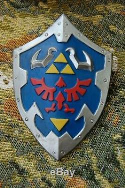 VERY RARE LINK STATUE, LEGEND OF ZELDA NITENDO Ocarina of Time E3 Oxmox